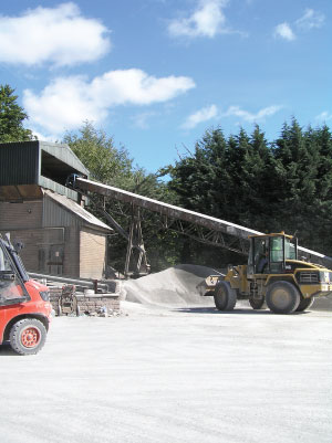 Gryphonn Concrete Block Dust Shed