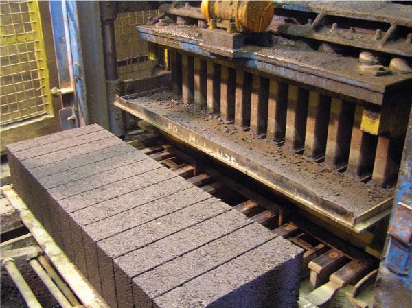 Gryphonn Concrete Block Press
